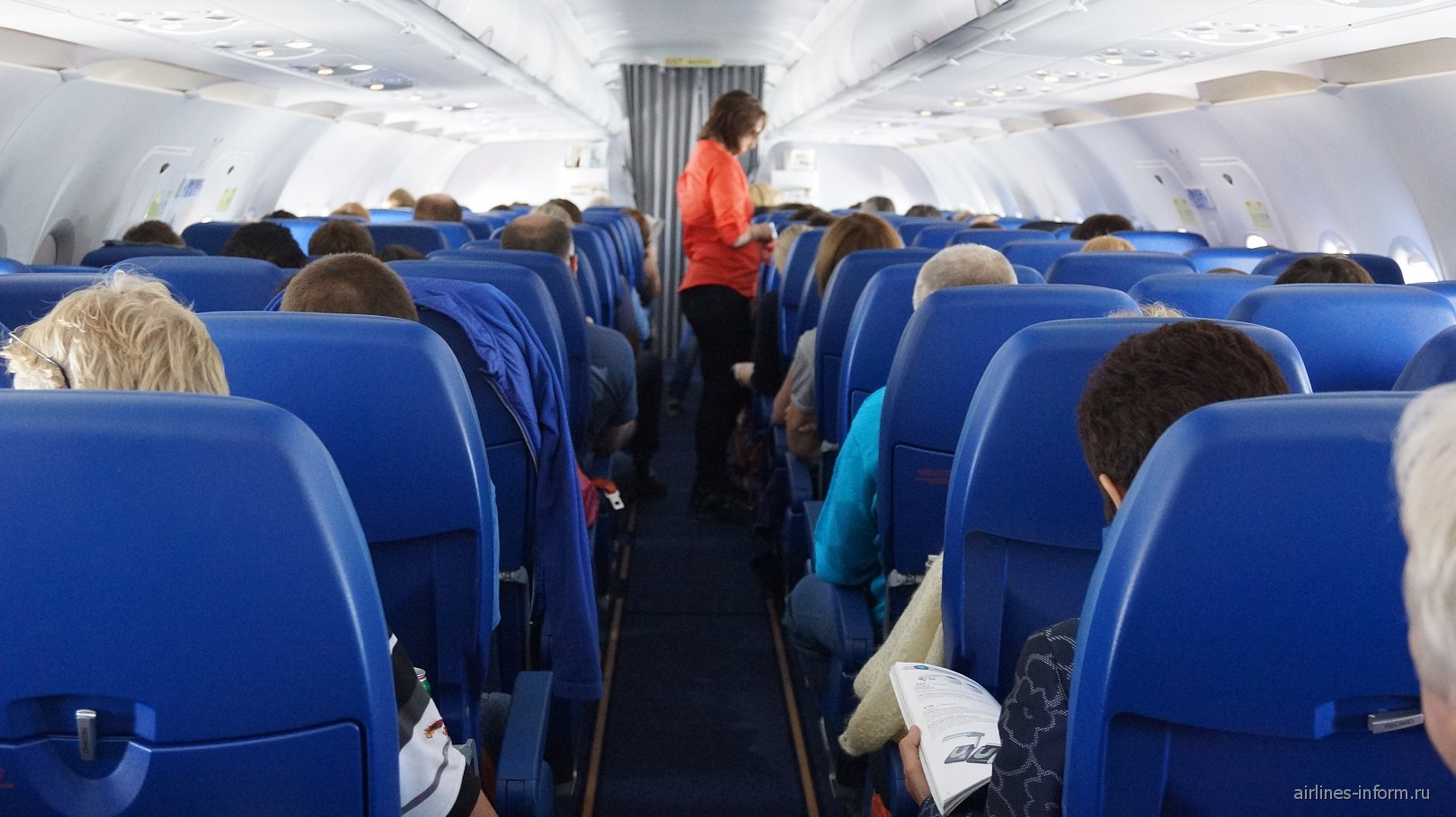 Салон самолета Airbus A320 авиакомпании Аэрофлот