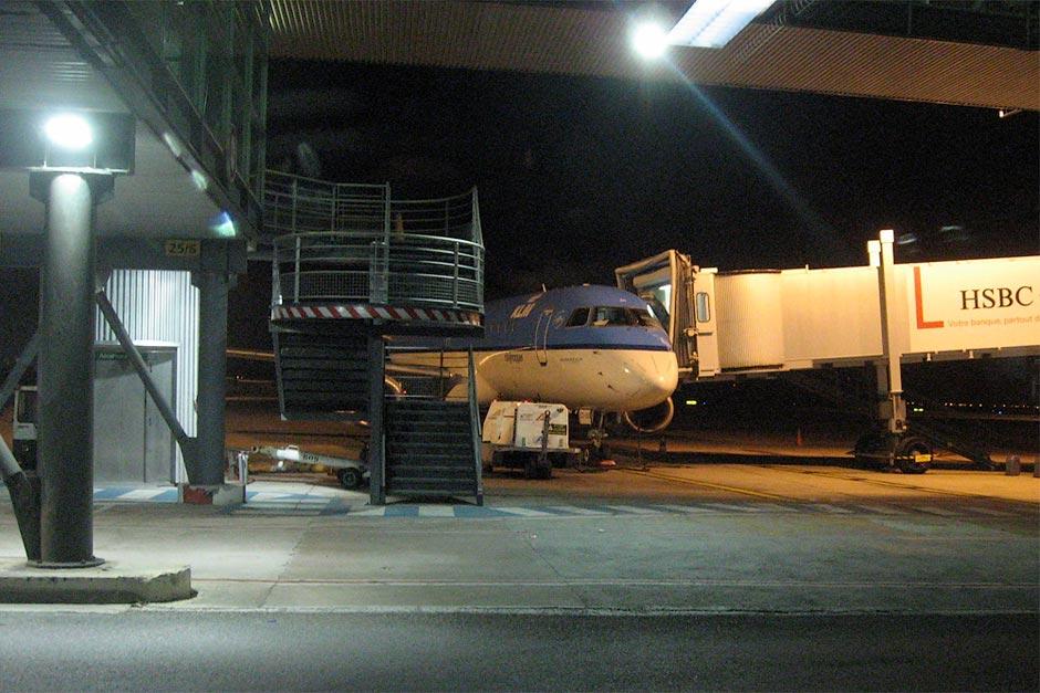 Embraer 190 KLM в аэропорту Марсель Прованс
