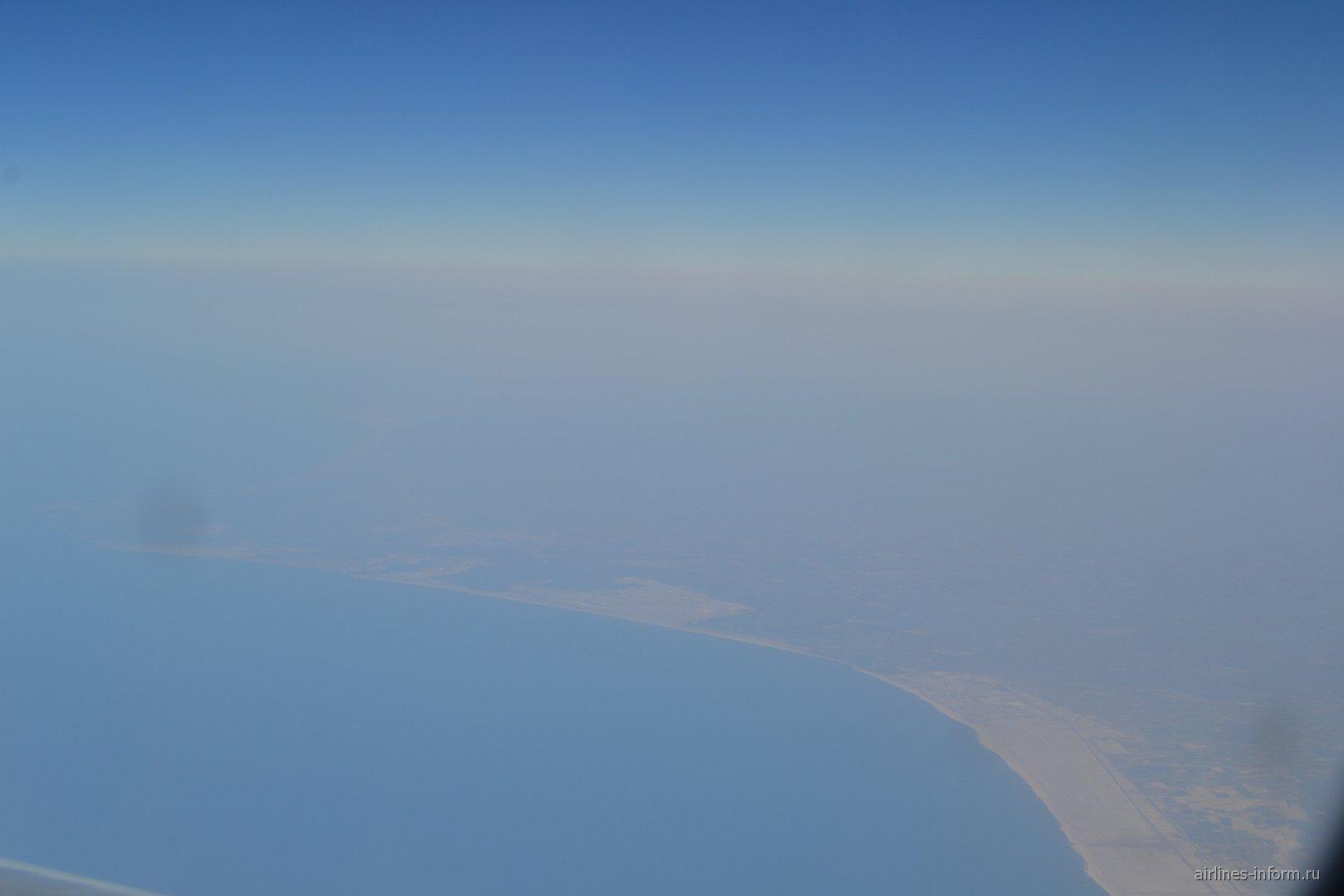 Вид из иллюминатора на Синайский полуостров