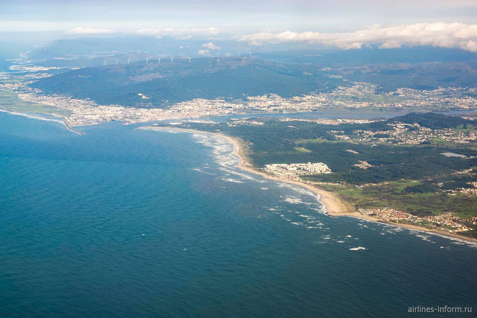 Прибрежный городок Виана-ду-Каштелу в Португалии