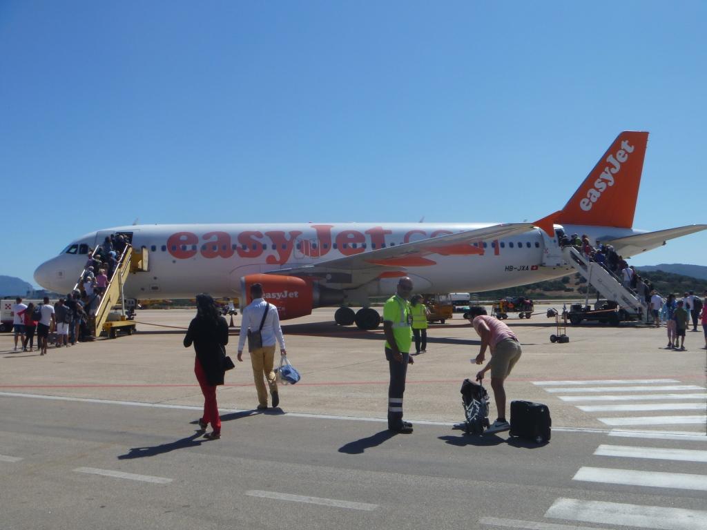 Европейский voyage. Часть 5. Ольбия - Базель на Airbus A320 easyJet + бонус.