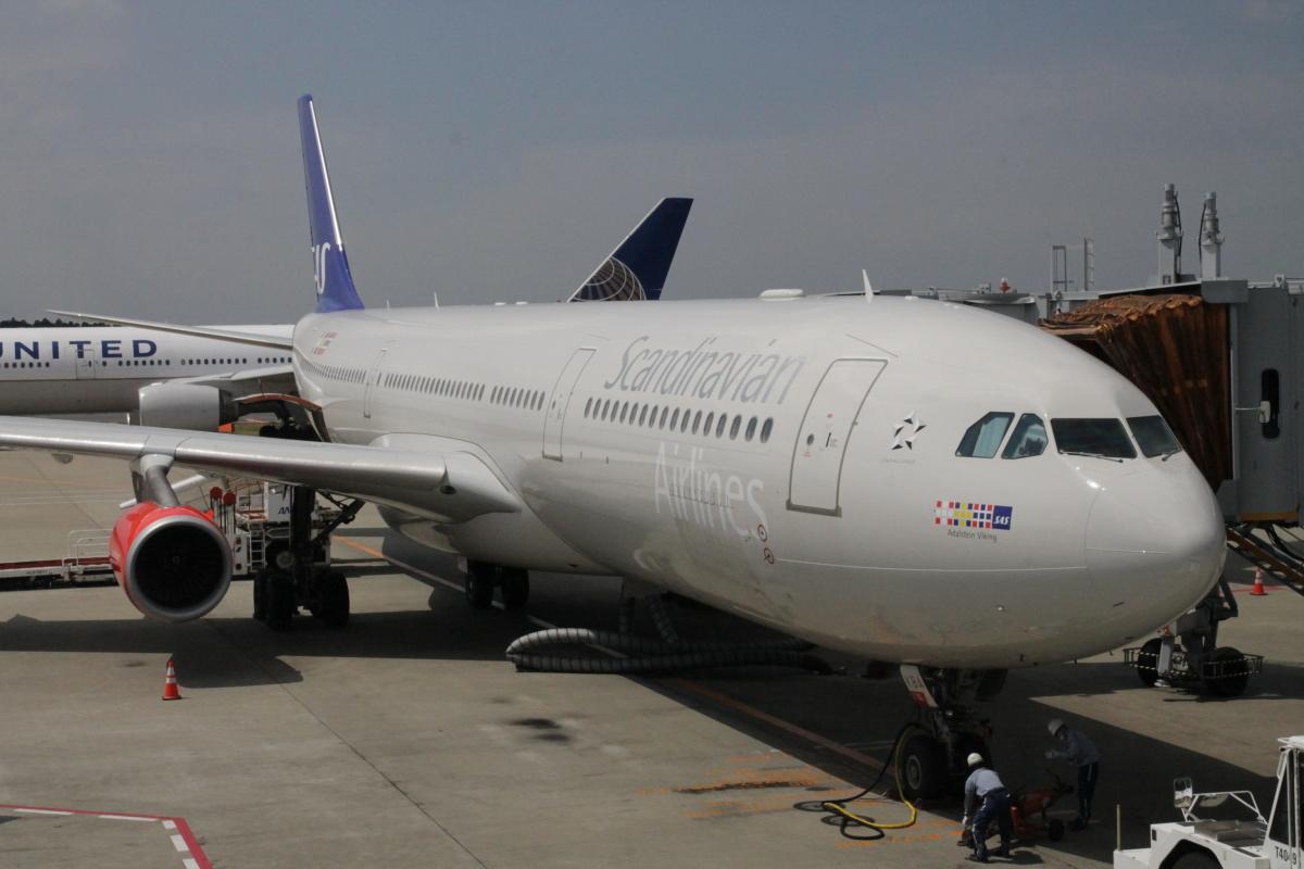 Airbus A330-300 Скндинавских авиалиний в аэропорту Токио Нарита