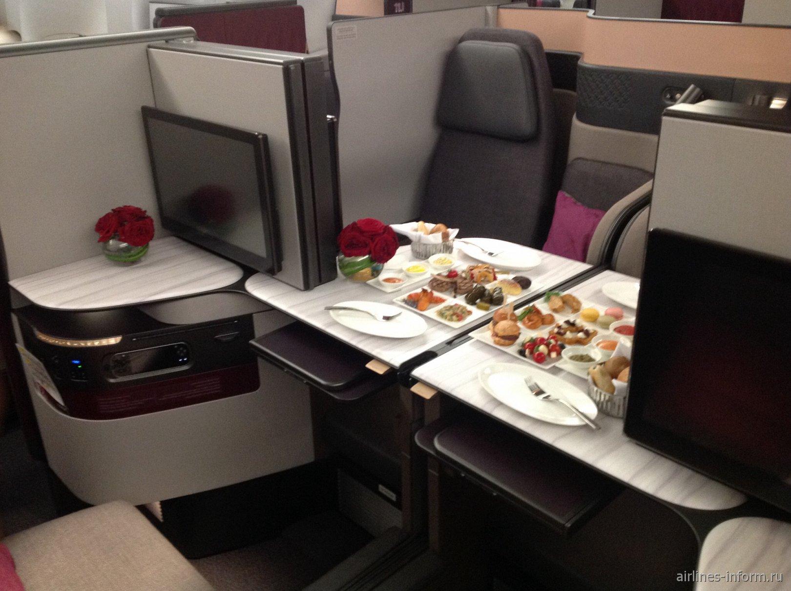 Бизнес-класс в самолете Boeing 777-300ER Катарских авиалиний