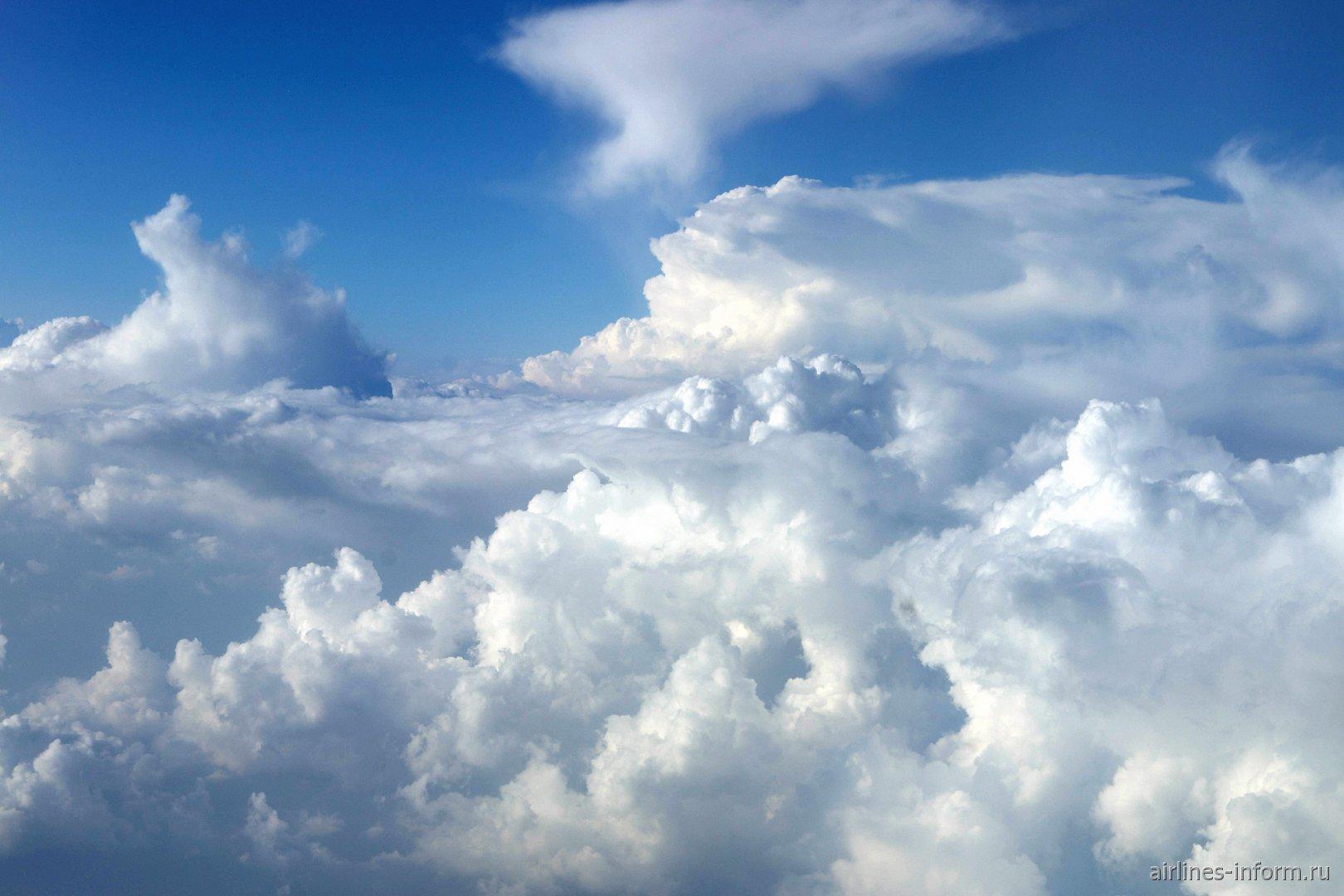 Облака во время рейса Вена-Москва