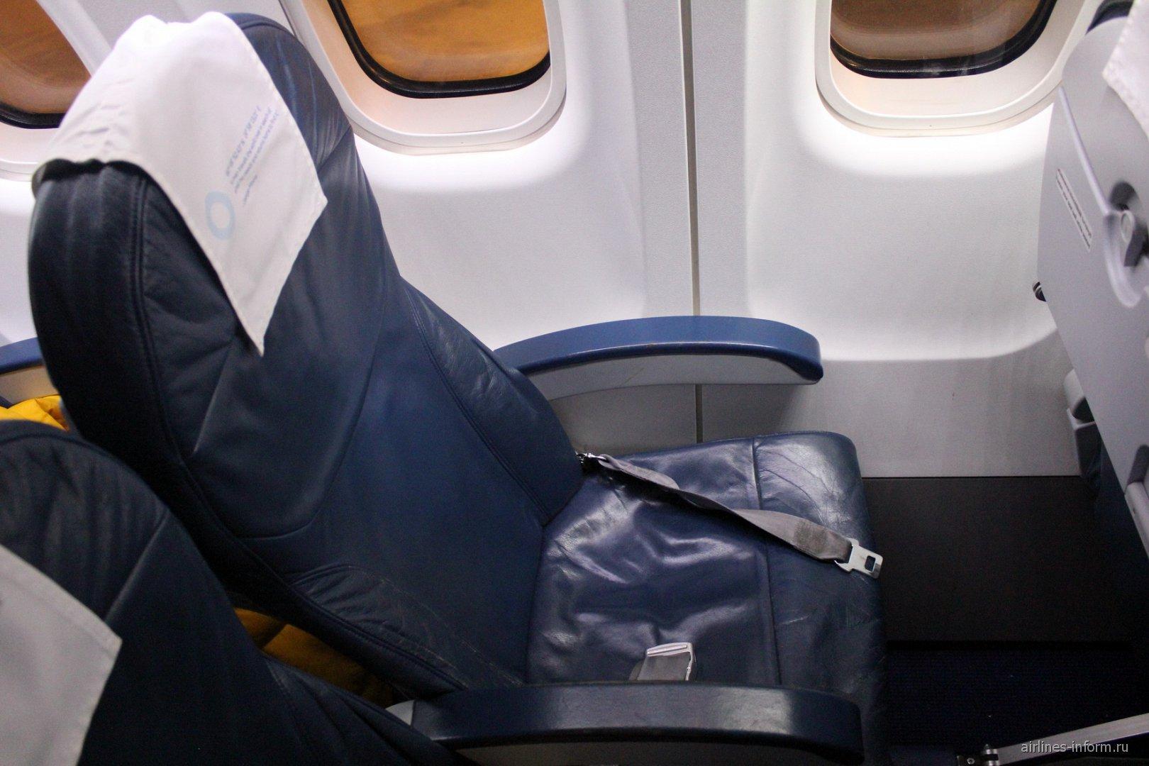 Пассажирское кресло в самолете ATR 72 авиакомпании NORRA