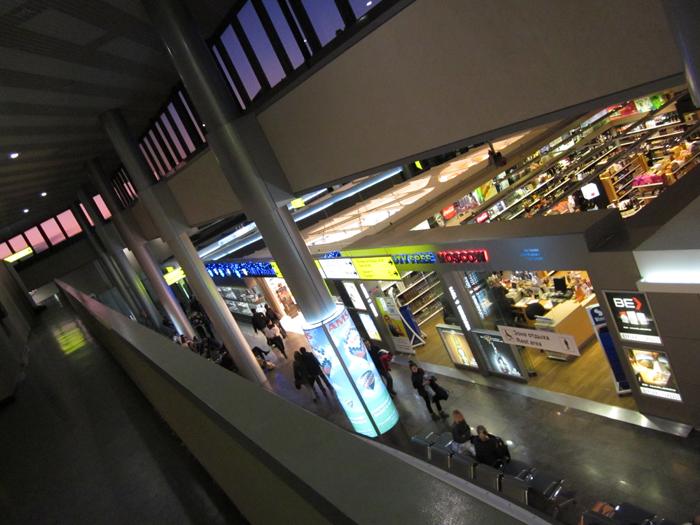 В аэропорту Шереметьево, терминал F