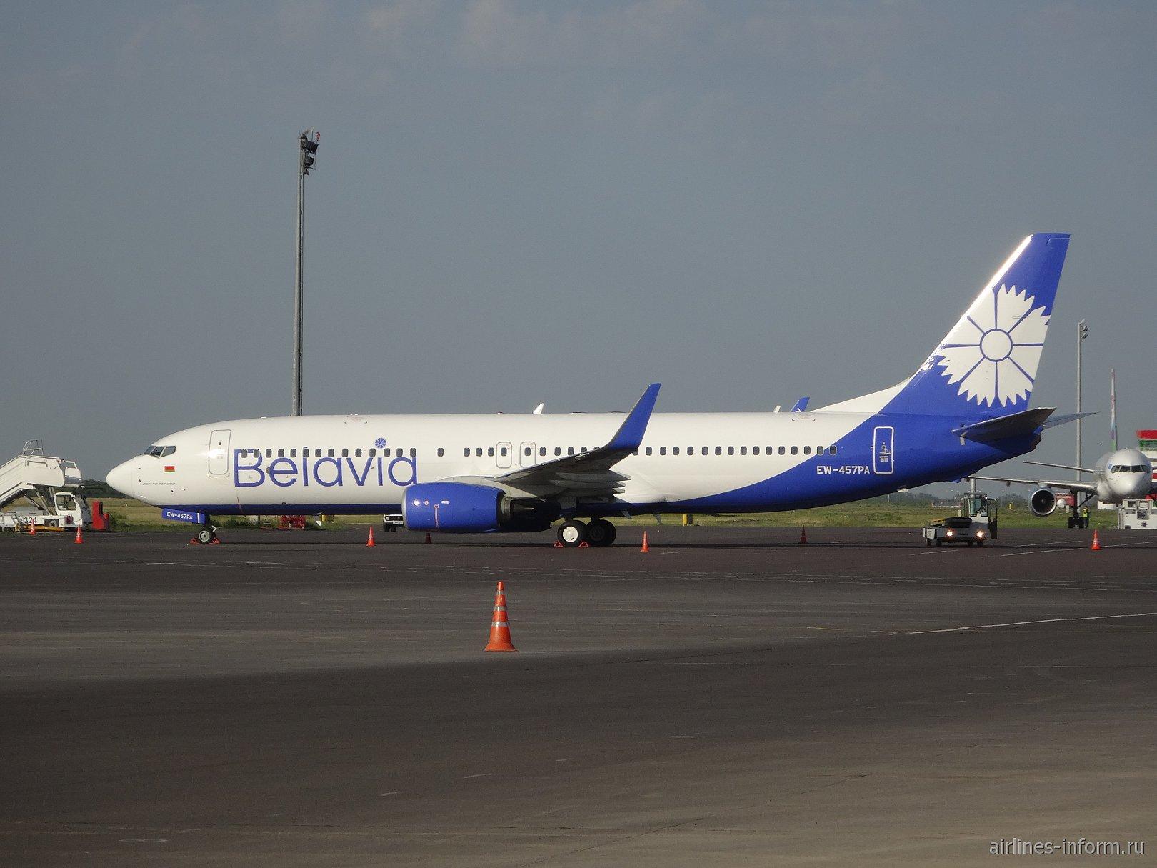 """Боинг-737-800 EW-457PA авиакомпании """"Белавиа"""" в аэропорту Астаны"""