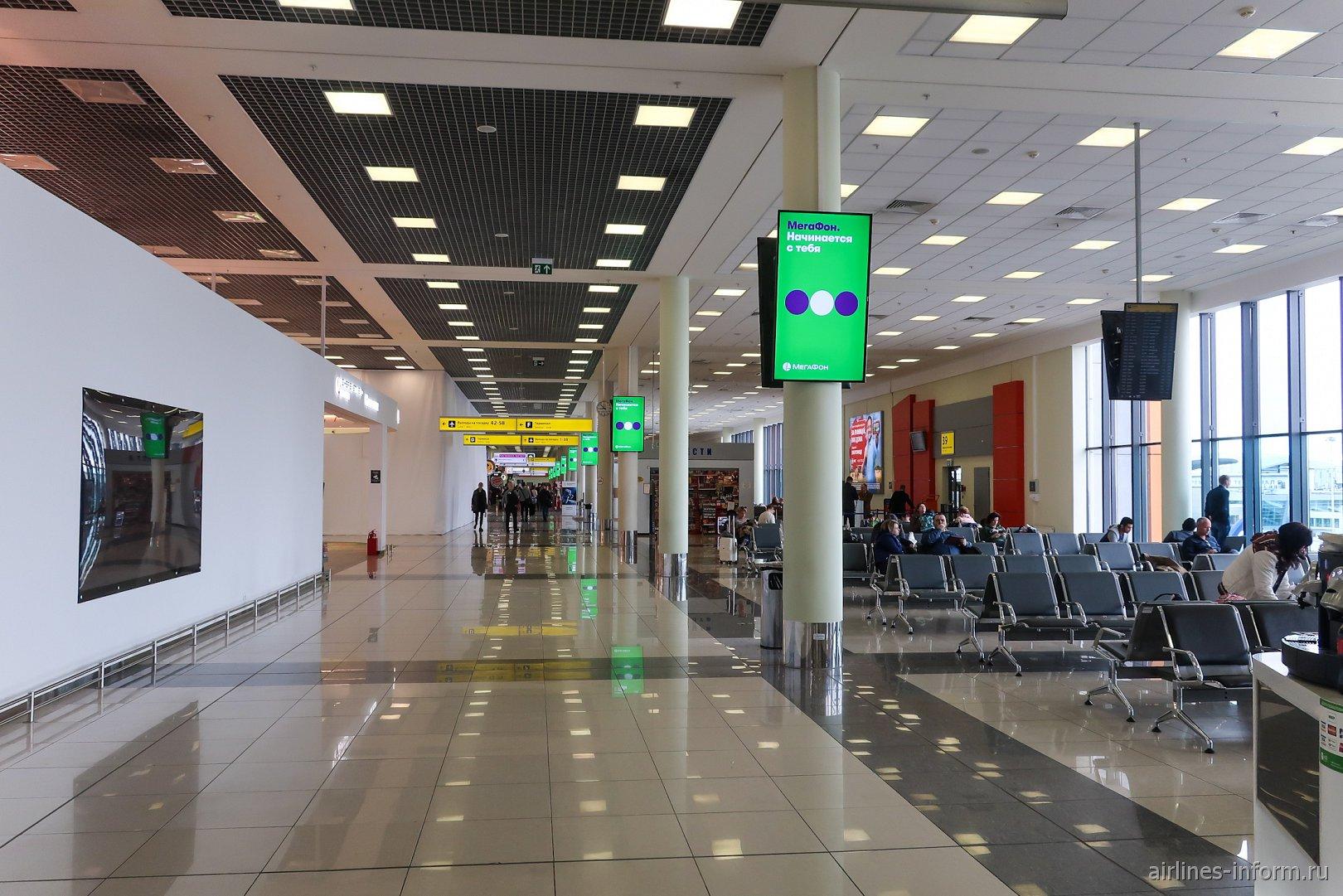 В чистой зоне международных вылетов терминала Е аэропорта Шереметьево