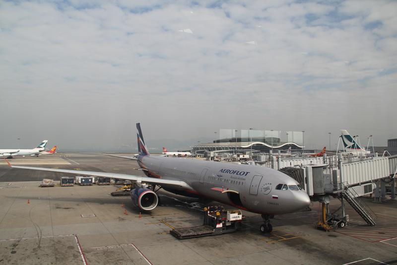 Airbus A330-300 Аэрофлота в аэропорту Гонконга