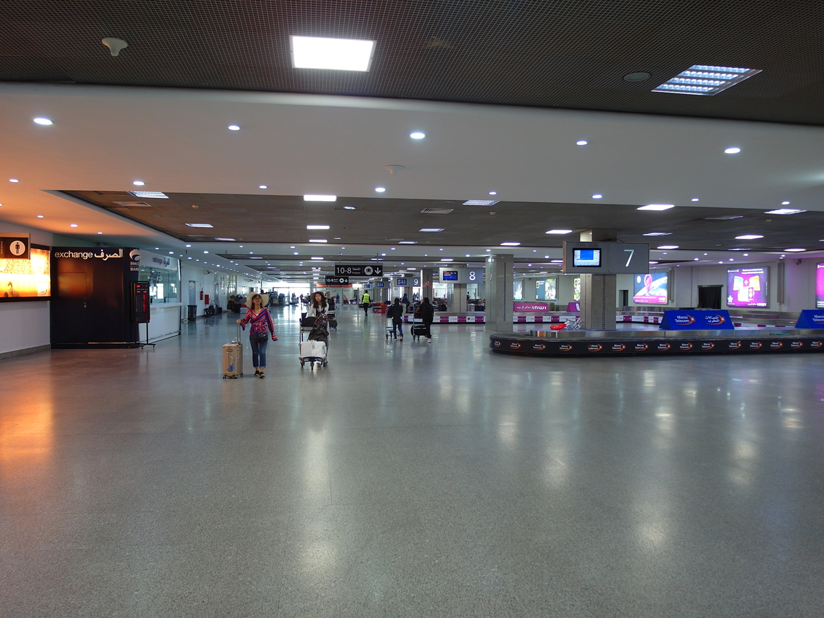 Зона выдачи багажа аэропорта Касабланка Мухаммед Пятый