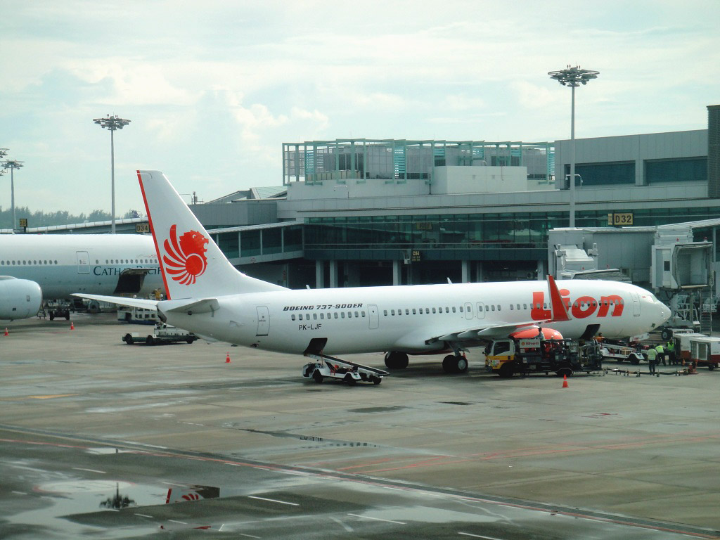 Boeing 737 of Lion Airlines in Singapore airport