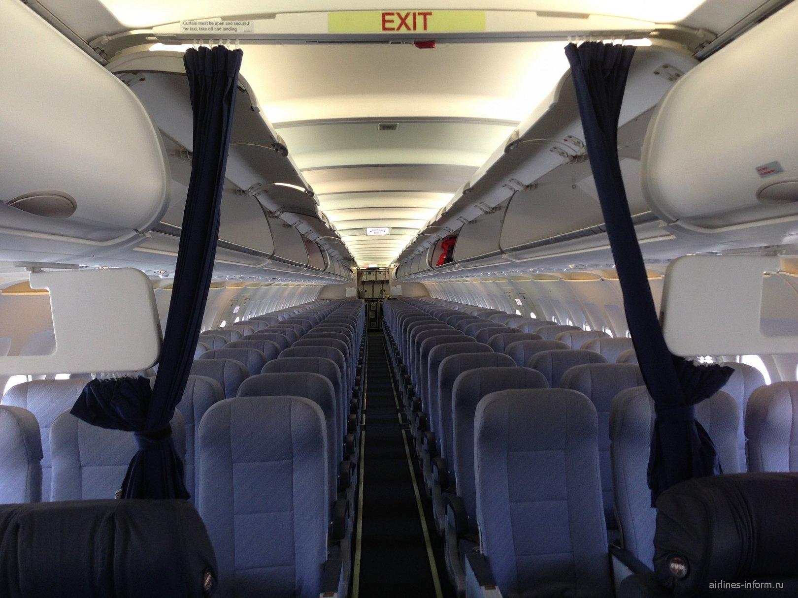 Пассажирские кресла в самолете Airbus A320 авиакомпании Nordwind
