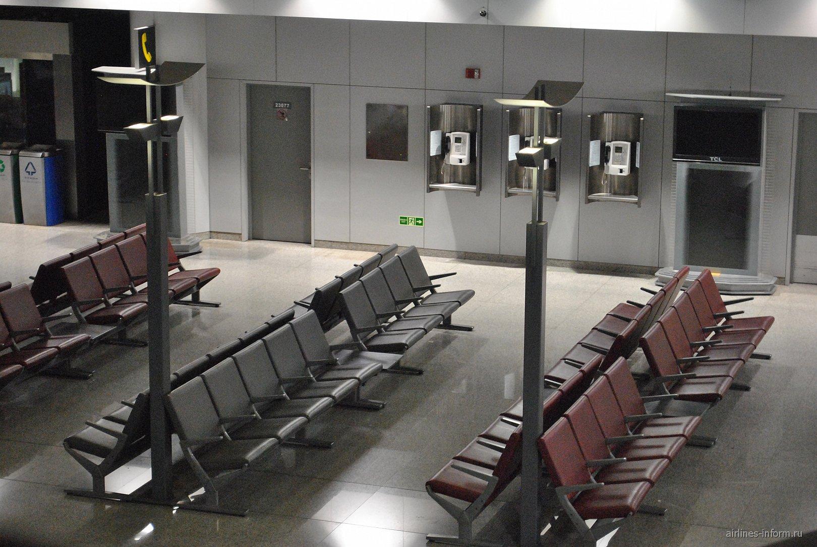 Зал ожидания в чистой зоне аэропорта Пекин Столичный