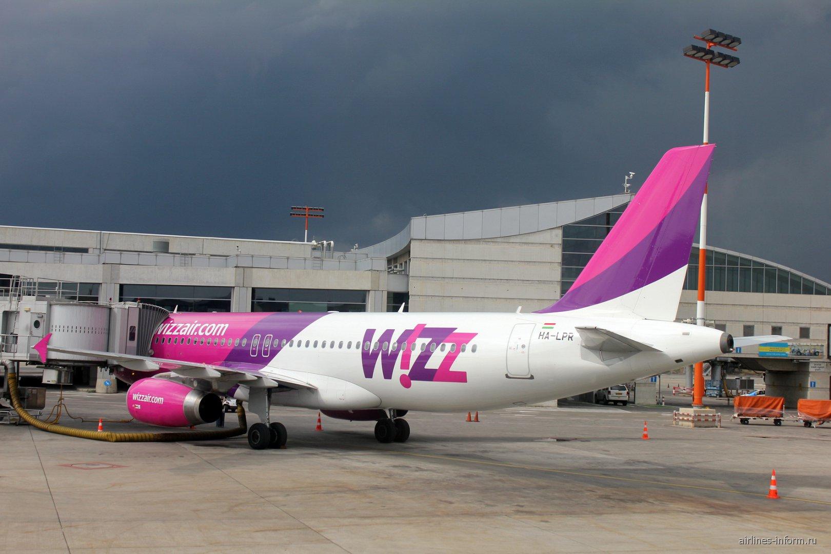 Airbus A320 HA-LPR авиакомпании Wizz Air в аэропорту Тель-Авив Бен-Гурион