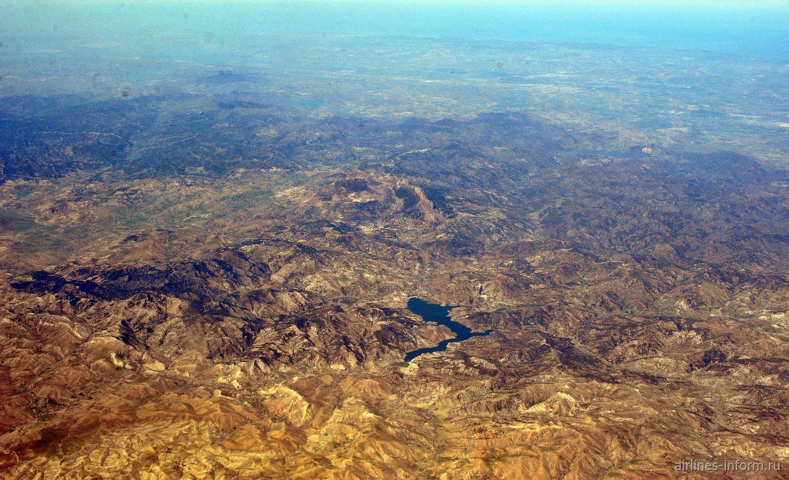 В небе над Алжиром. Водохранилище Barage Beni Chaib.