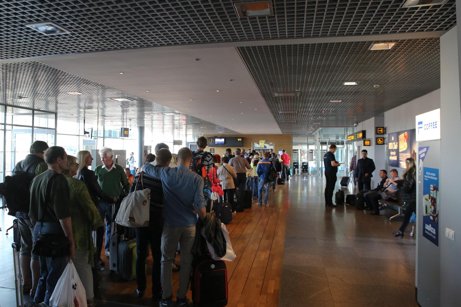Посадка на рейс в аэропорту Рига