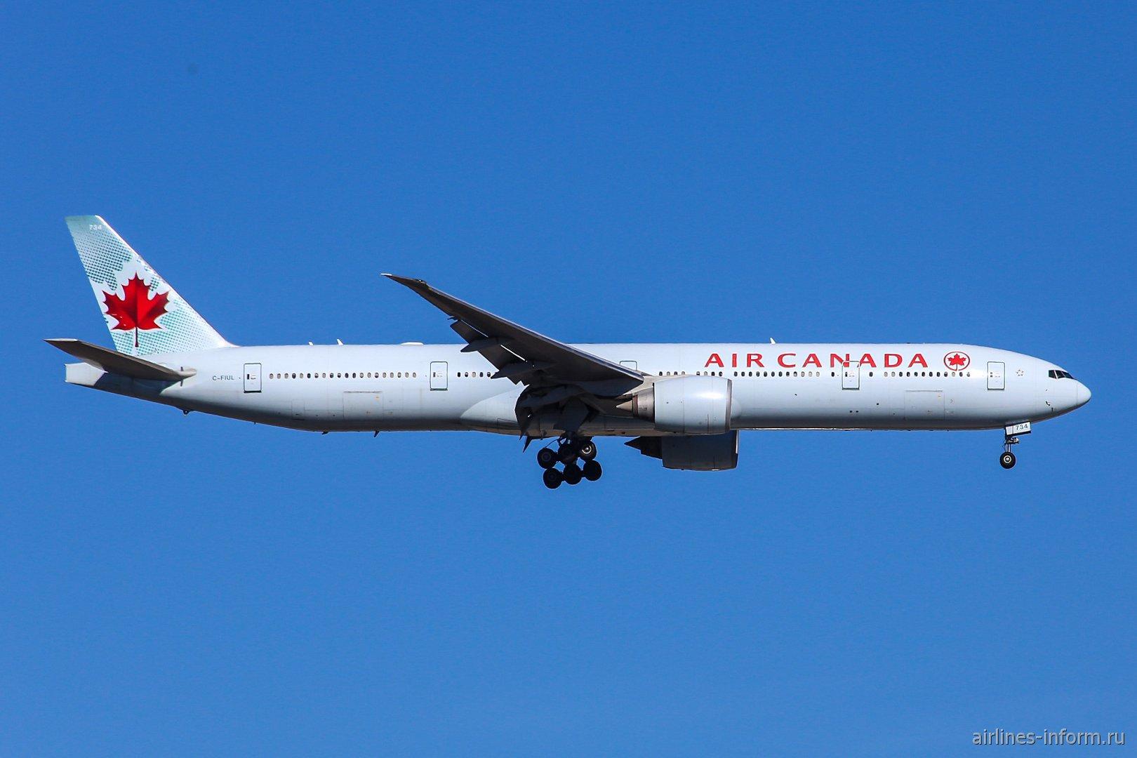 Боинг-777-300 C-FIUL авиакомпании Air Canada