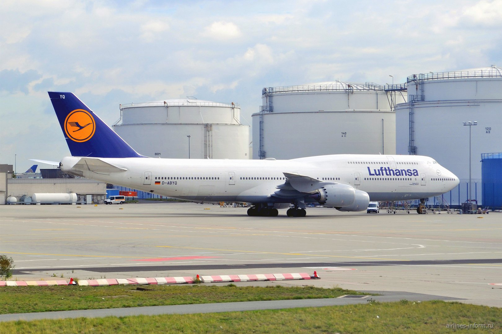 Боинг-747-8 авиакомпании Lufthansa в аэропорту Франкфурта
