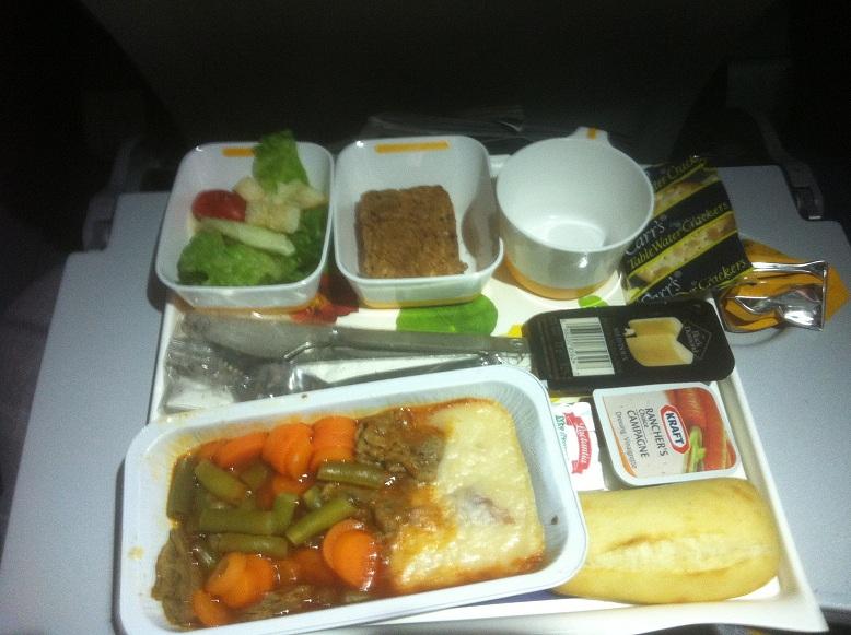 Питание на рейсе Монреаль-Мюнхен авиакомпании Люфтганза