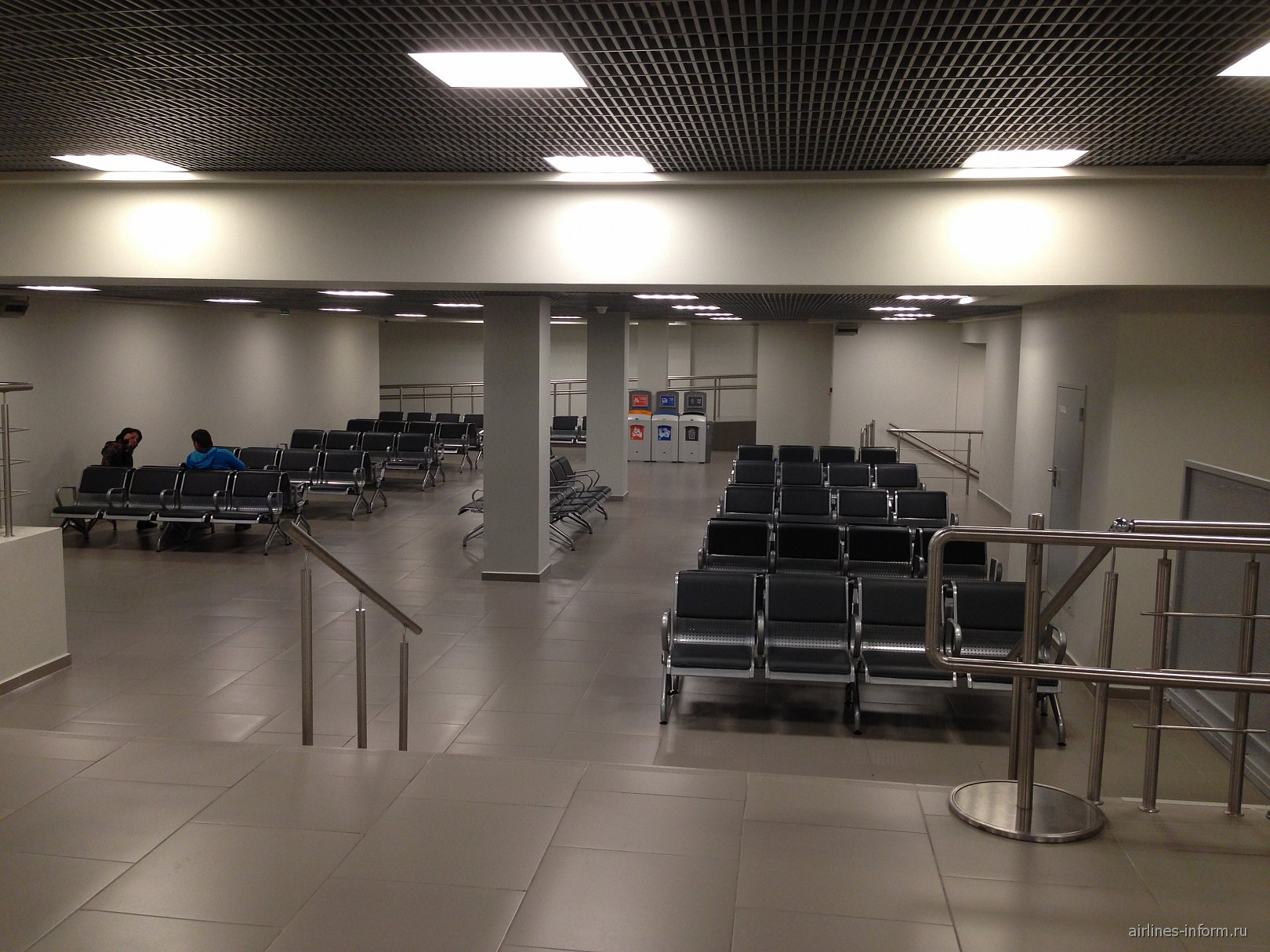 Удаленный зал ожидания в аэропорту Пулково