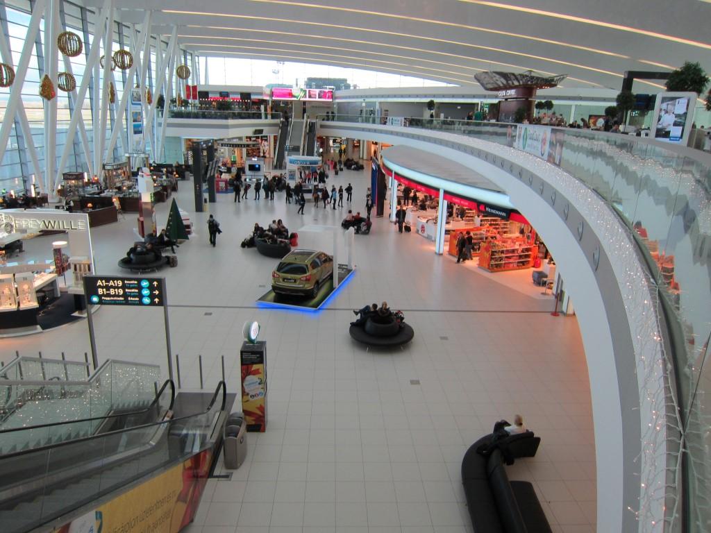 В чистой зоне терминала 2 аэропорта Будапешт
