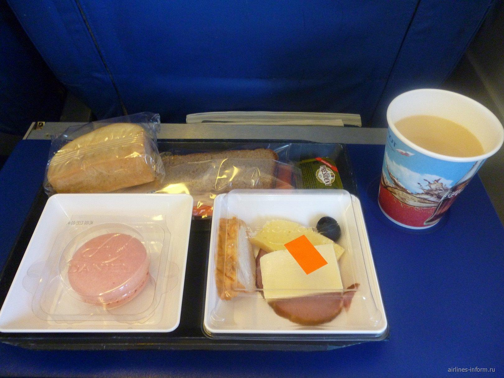 Питание на рейсе авиакомпании Аэрофлот Уфа-Москва