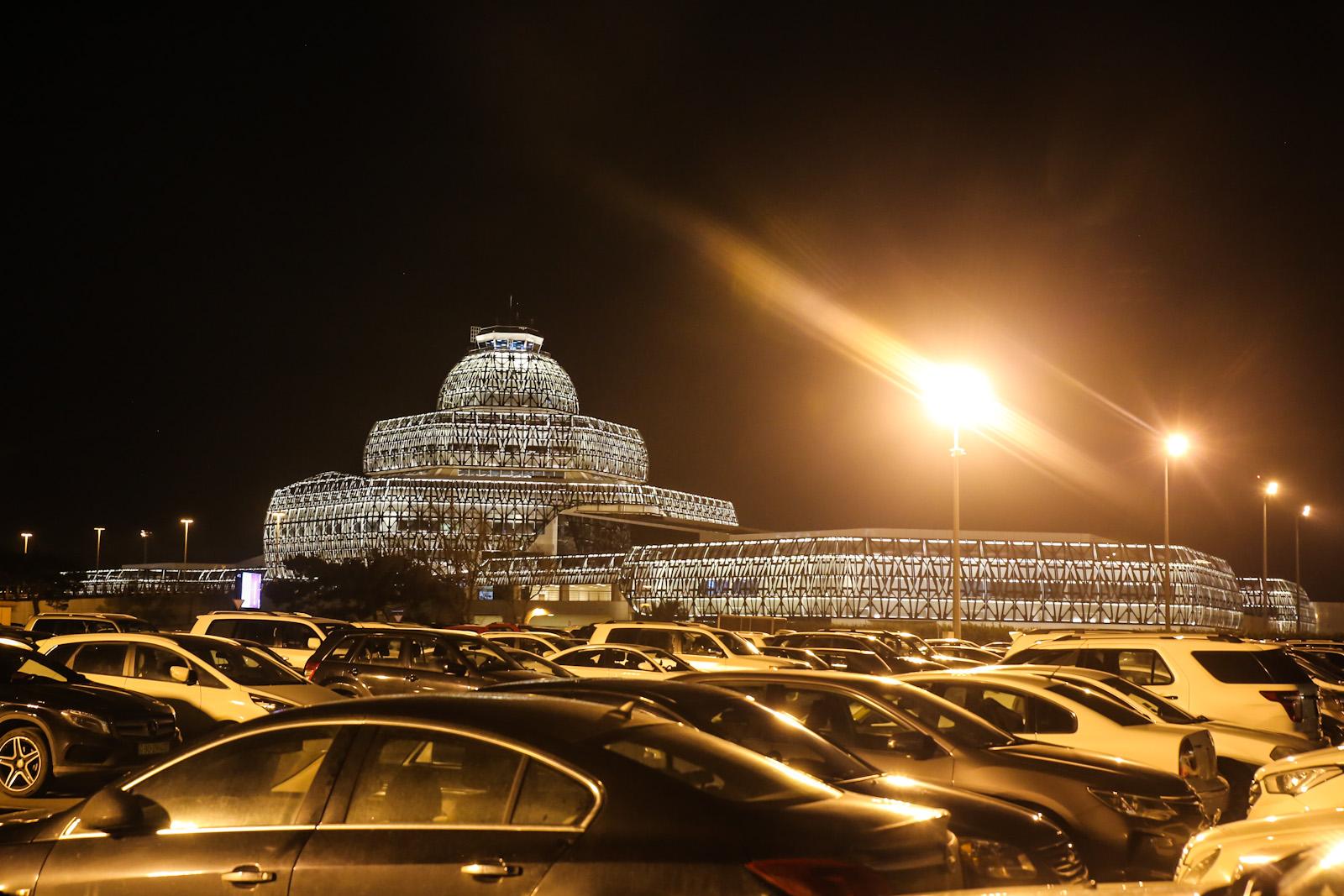 Старый международный терминал аэропорта Баку