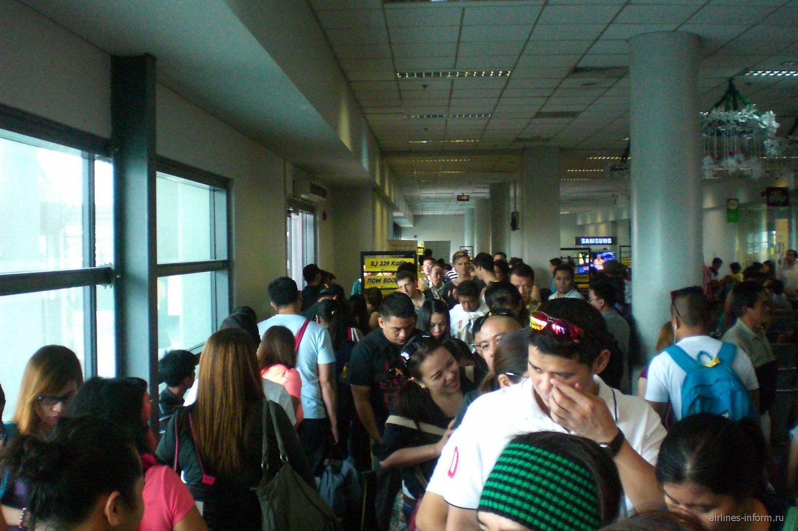 В аэропорту Манилы