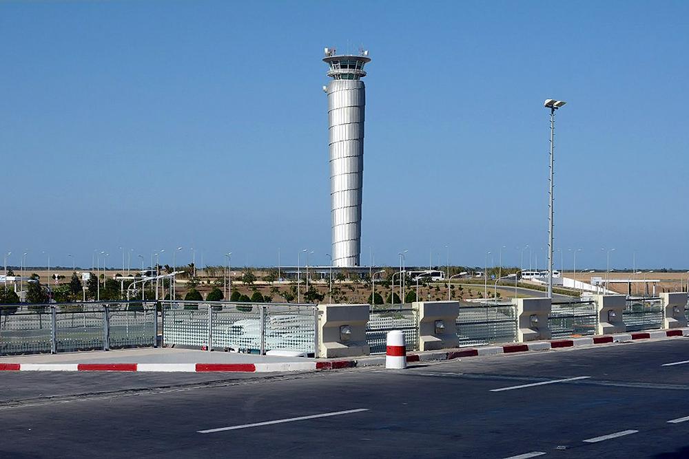 Диспетчерская вышка аэропорта Энфида-Хаммамет