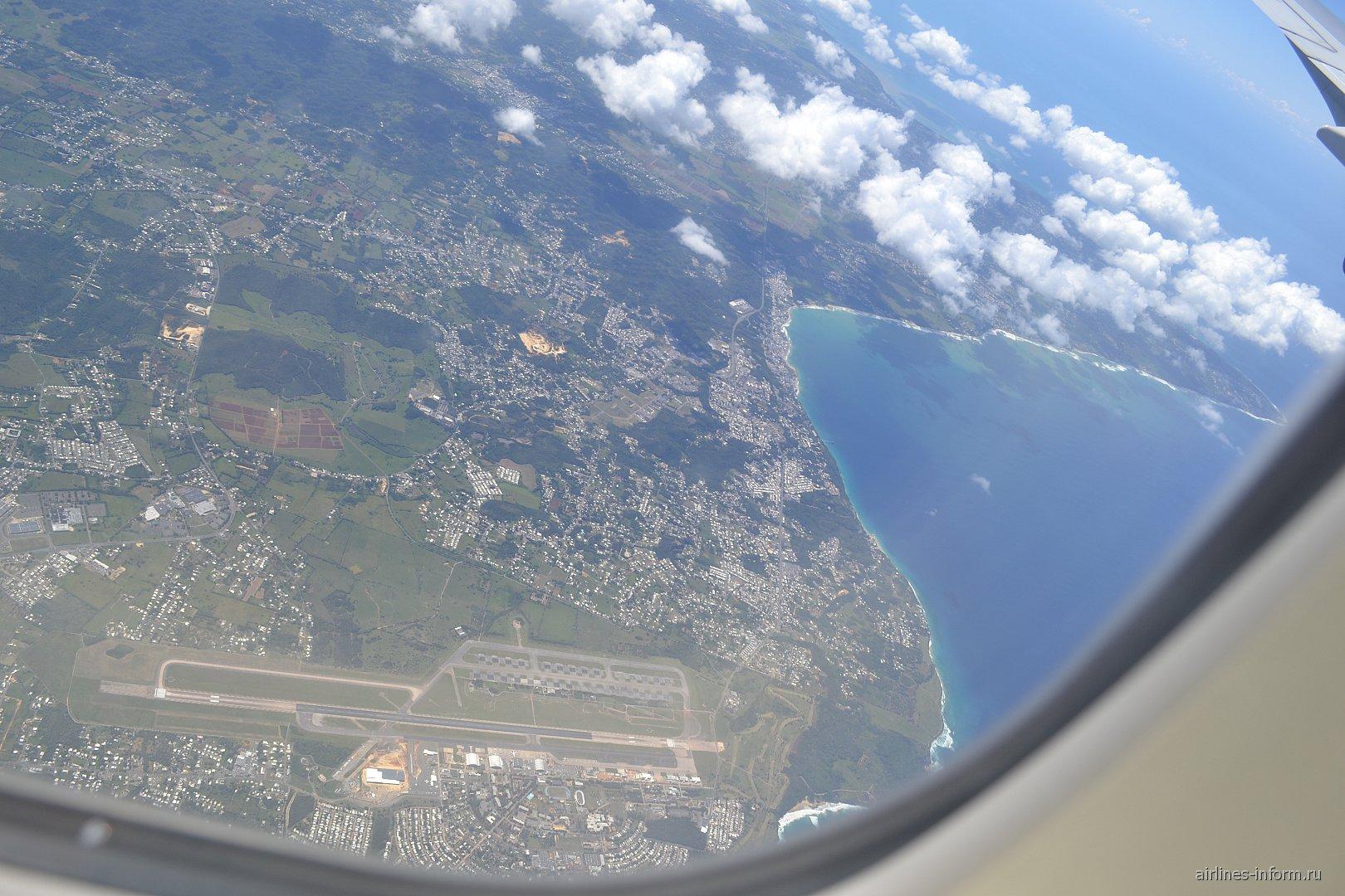 Город Агуадилья и аэропорт Рафаэль Эрнандес в Пуэрто-Рико