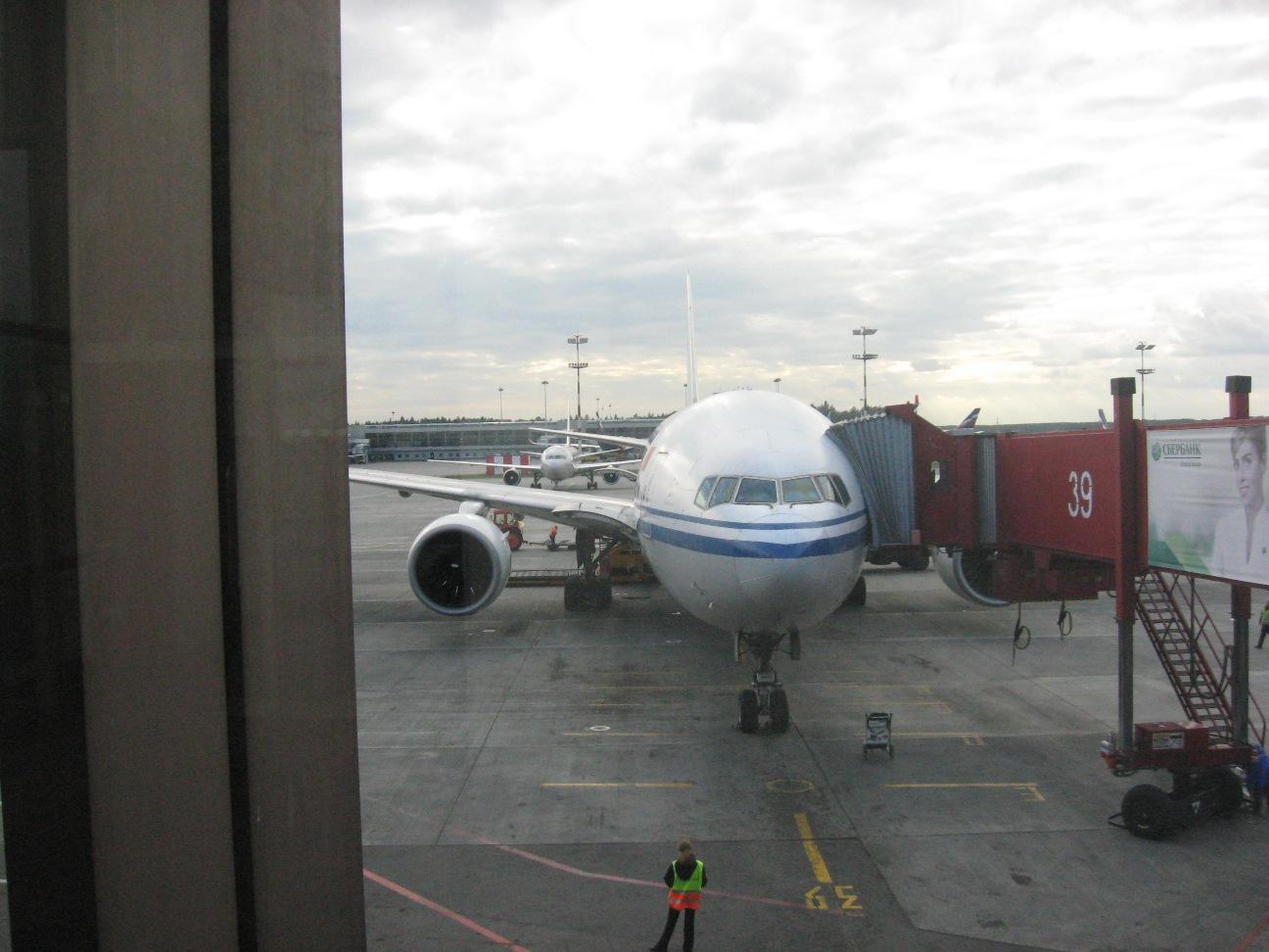 Москва(Шереметьево F)-Пекин(Capital) на Boeing 777 Air China