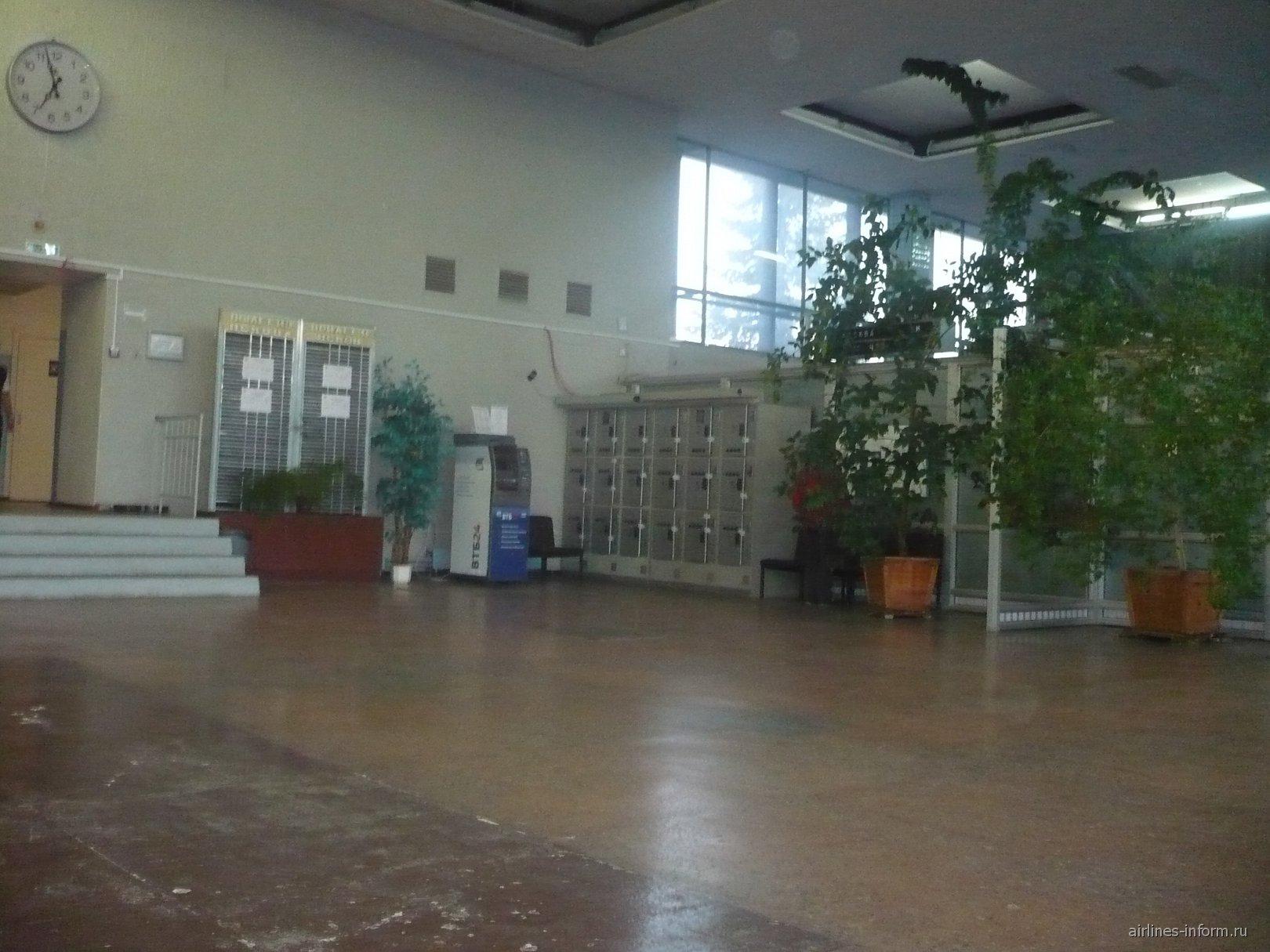В аэровокзале аэропорта Пскова