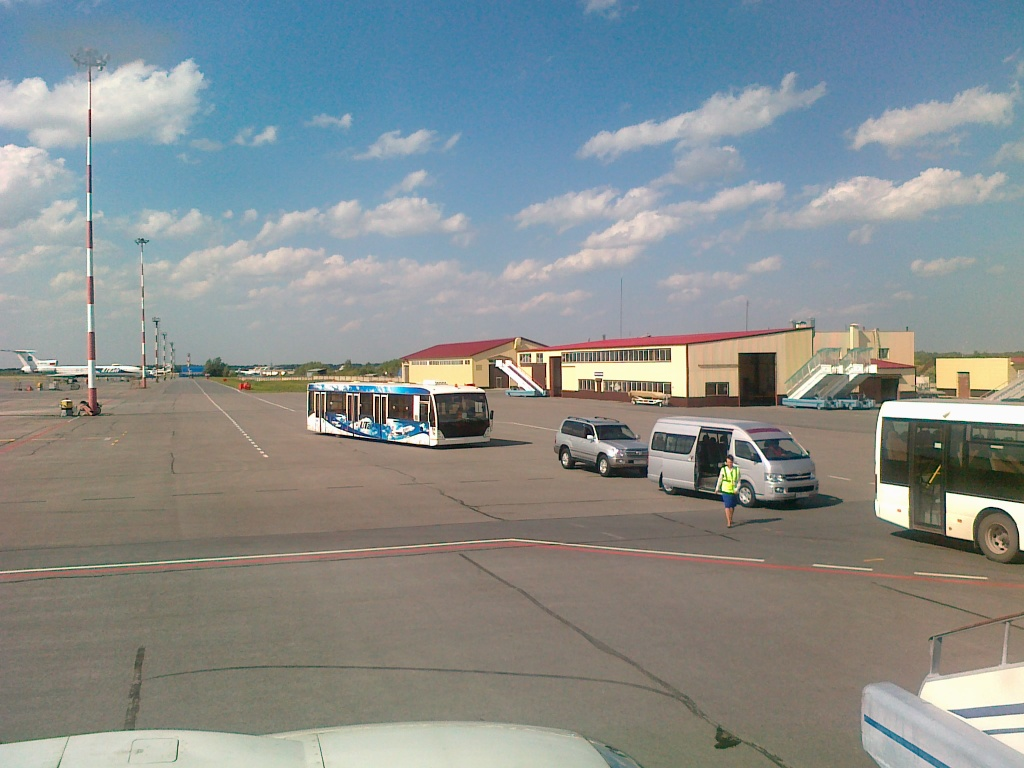 В аэропорт Рощино города Тюмени