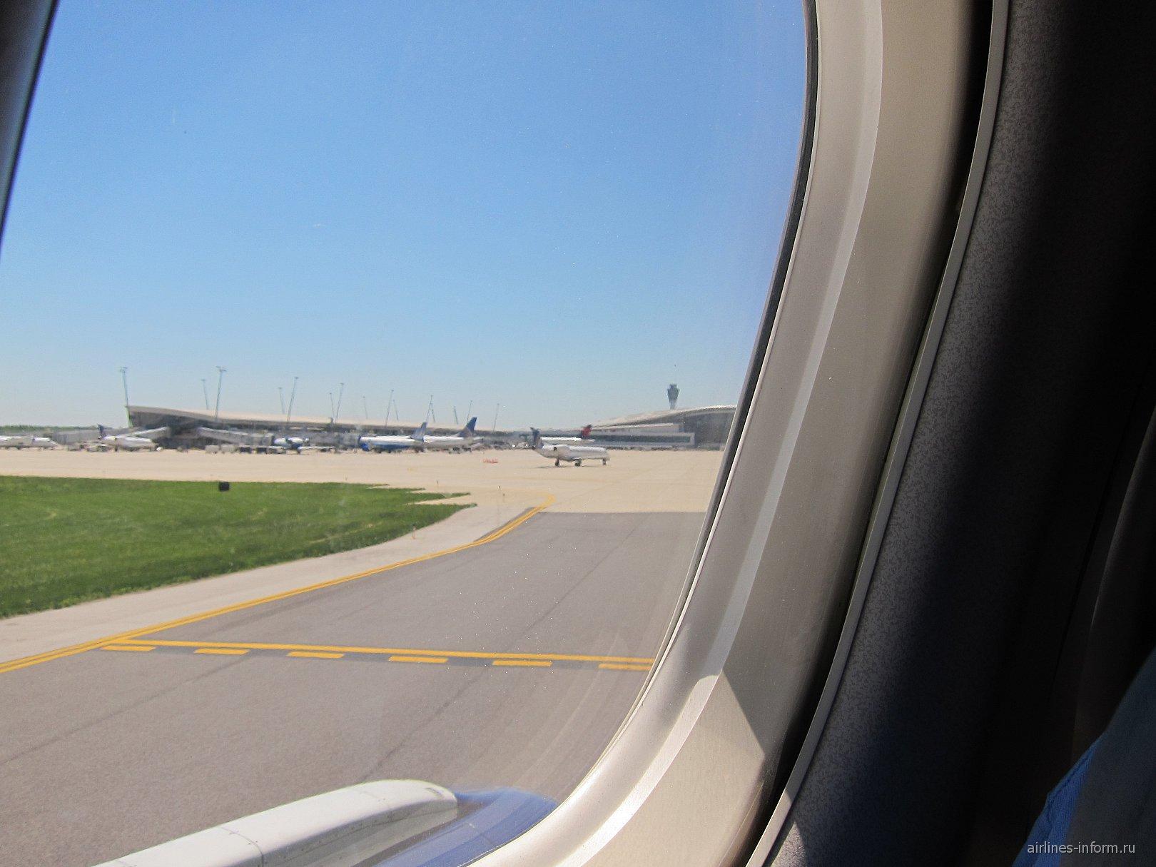 Рейс Нью-Йорк-Индианаполис авиакомпании Дельта