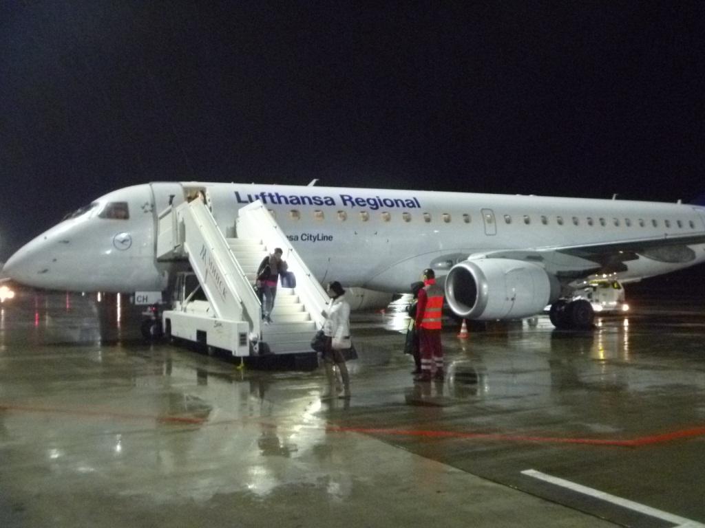 Путешествие по Европе. Часть 9 (заключительная). Франкфурт на Майне-Минск на Embraer ERJ-190LR Lufthansa CityLine.