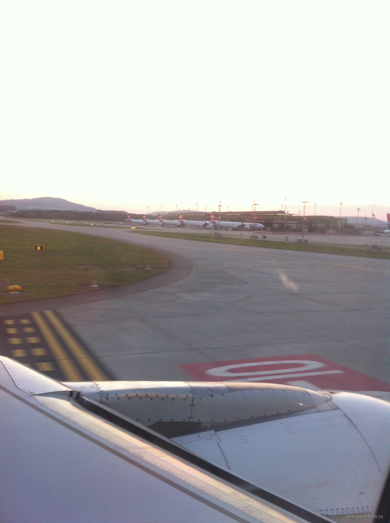 Вид на терминал с выходами E