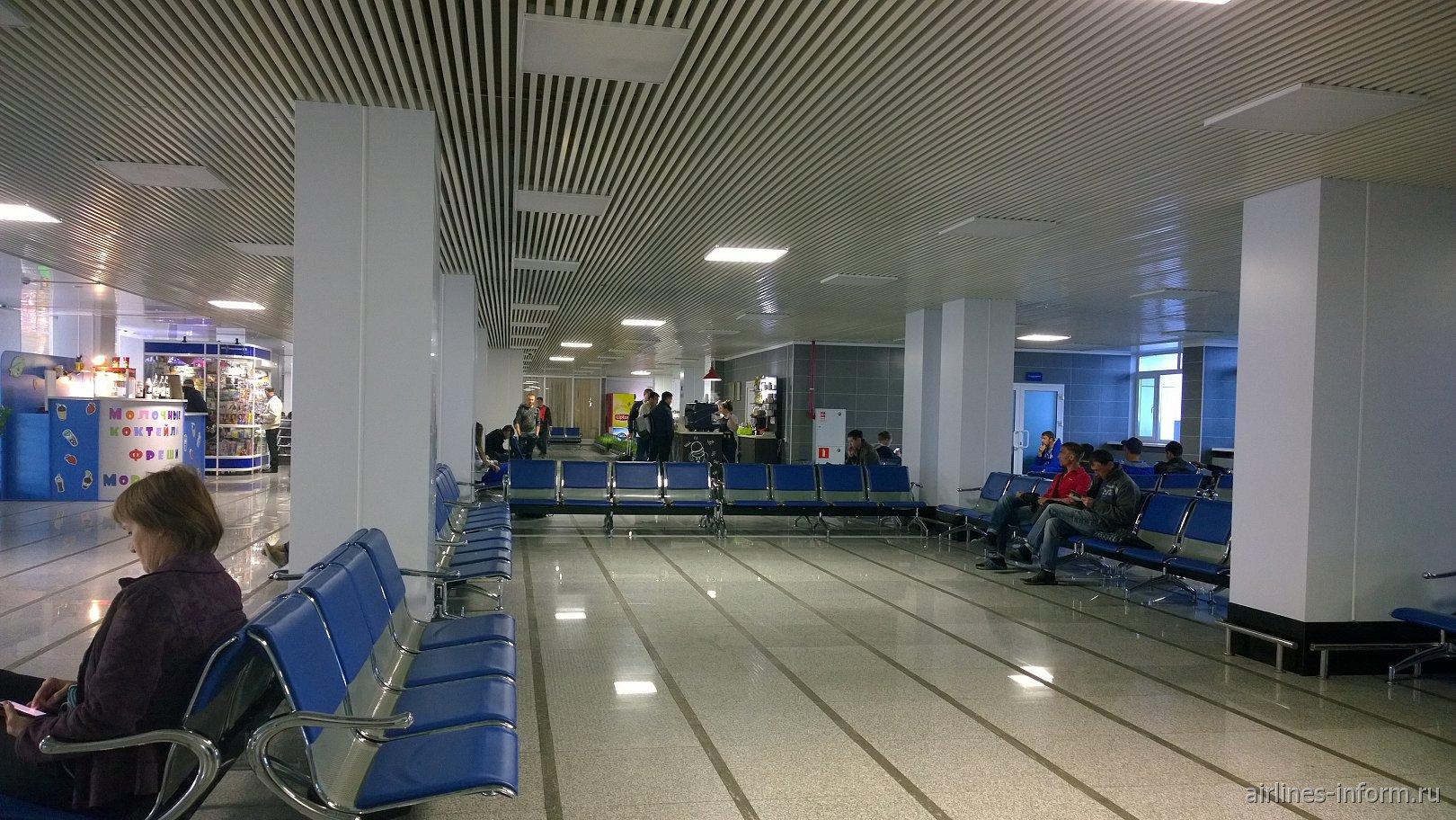 Зал ожидания в аэропорту Благовещенск Игнатьево
