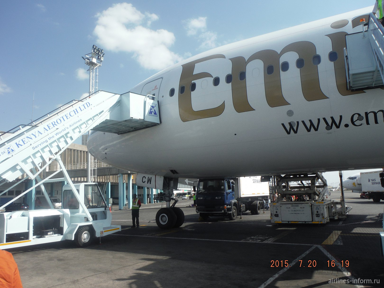 """Джамбо,бвана (привет белые господа) перелет в страну полной """"Хакуна мататы"""" (Кению) на Ан-124-100 и а/к Emirates"""