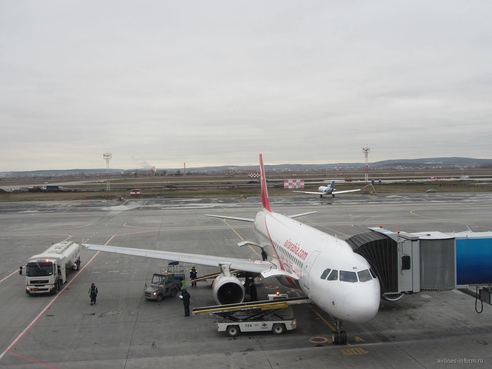 Airbus A320 авиакомпании Air Arabia в аэропорту Екатеринбурга