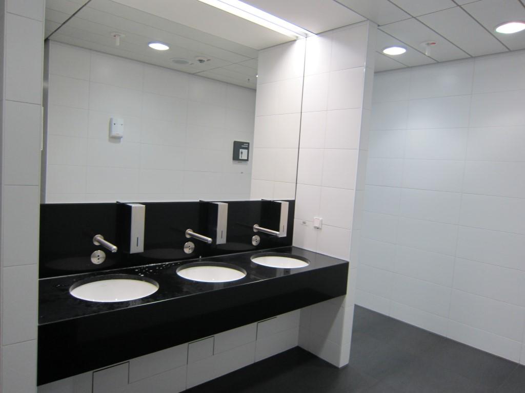 Туалет в аэропорту Франкфурта-на-Майне
