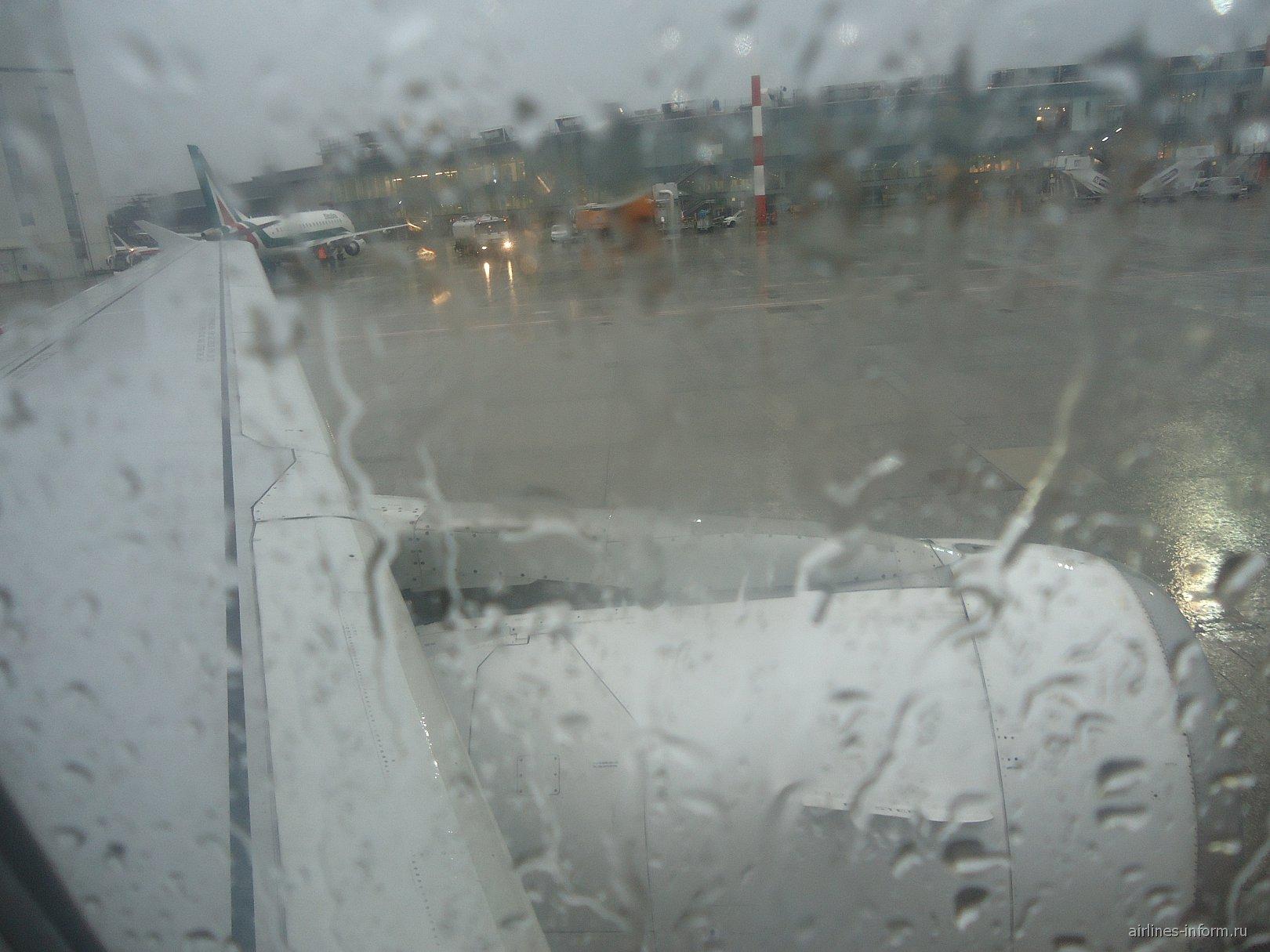 Самолет Airbus A320 авиакомпании Air One