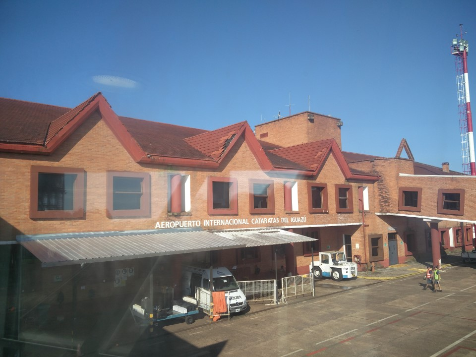 Аэровокзал аэропорта Пуэрто-Игуасу