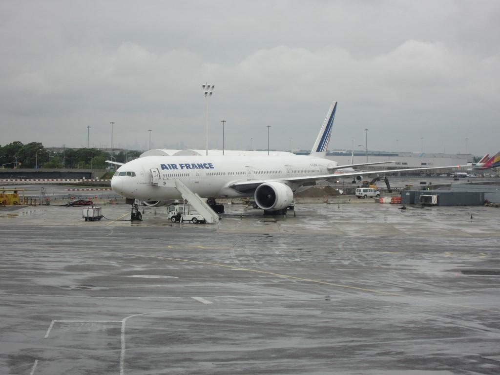 Боинг-777-300 Air France в нью-йоркском аэропорту Кеннеди