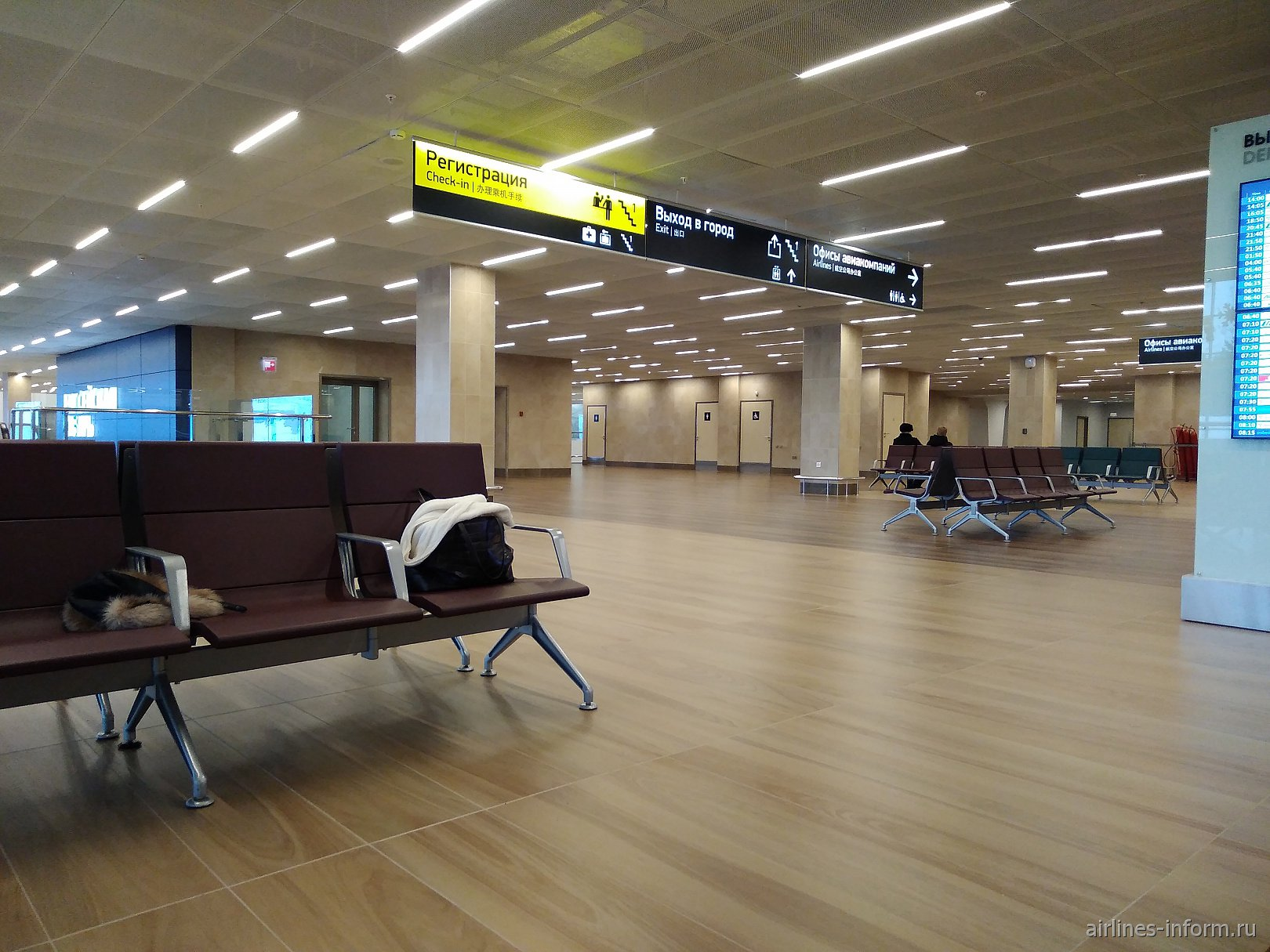 На втором этаже нового терминала аэропорта Красноярск Емельяново