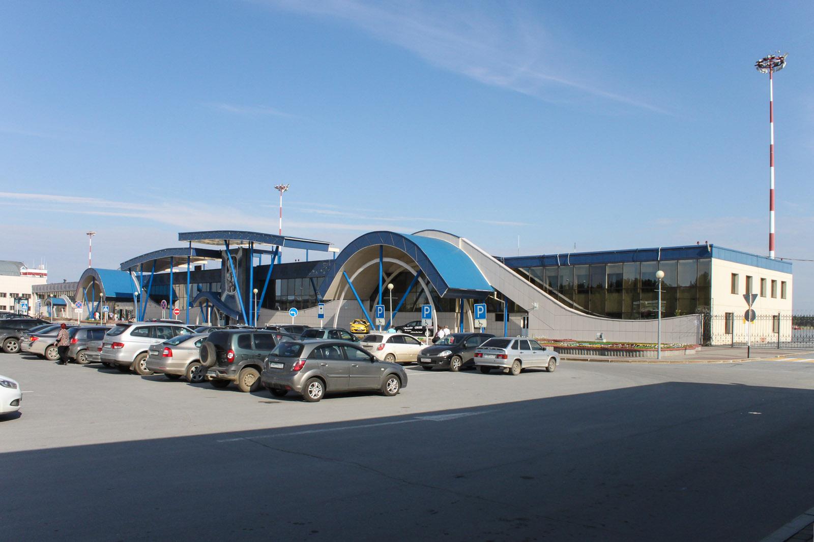 Аэровокзал аэропорта Сургут