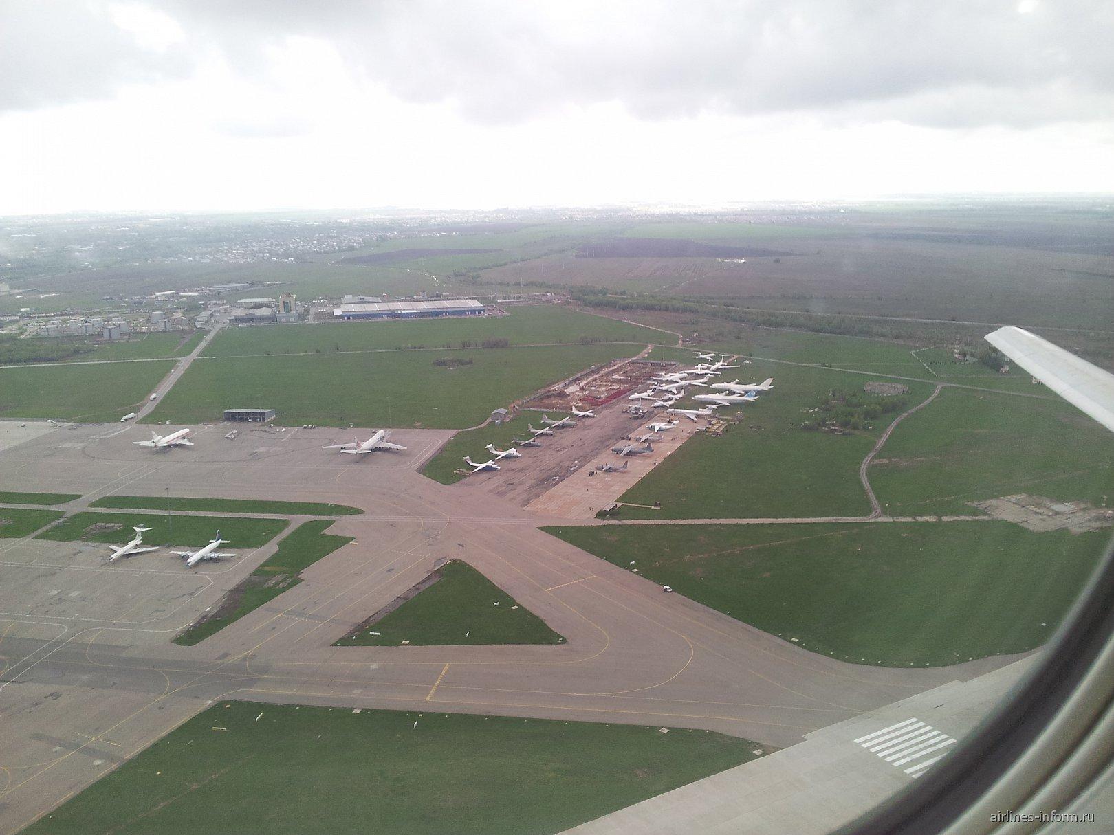 Взлет из аэропорта Алматы