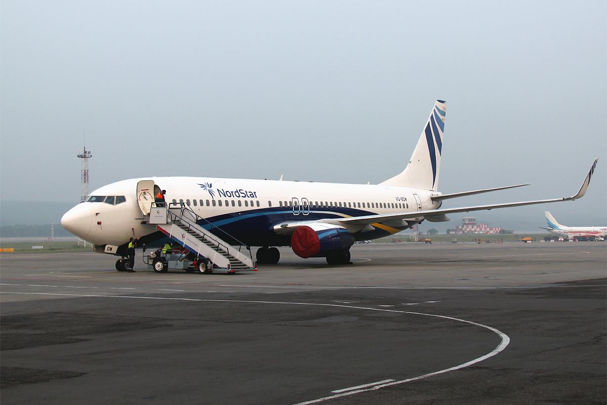Боинг-737-800 авиакомпании НордСтар в аэропорту Емельяново