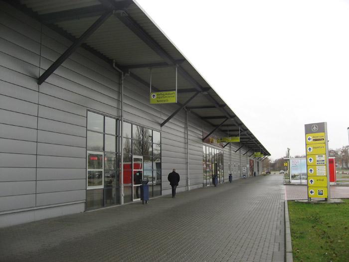 Терминал D аэропорта Берлин Шонефельд