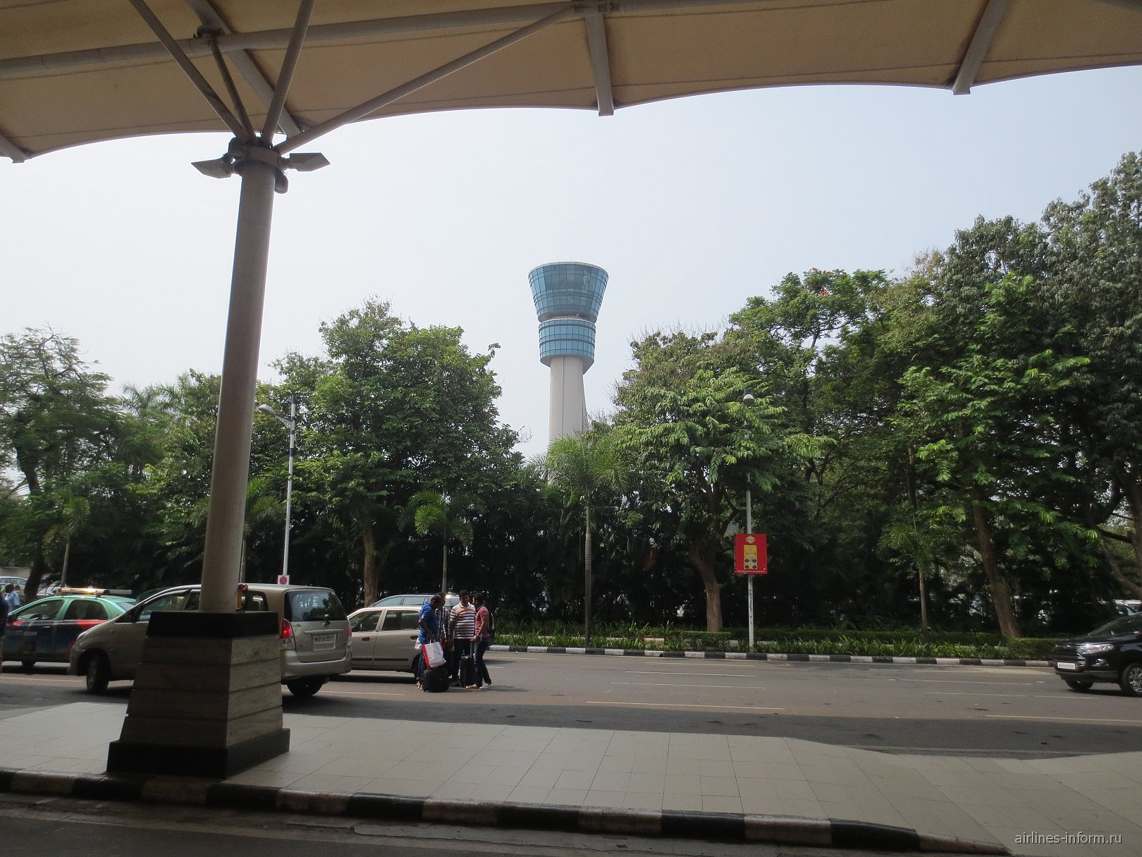 Диспетчерская башня аэропорта Мумбай