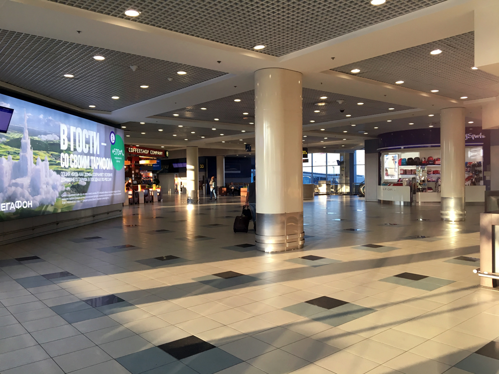 В чистой зоне внутренних линий аэропорта Домодедово